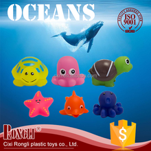 2017 New Design PVC Customized Floating Animals Baby Bath Toys