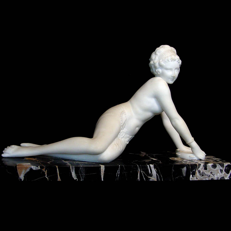 marble-nude