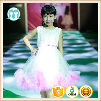 Gadis Sekolah Item Fashion Show Desain Gaun Pesta Anak Anak Pakaian