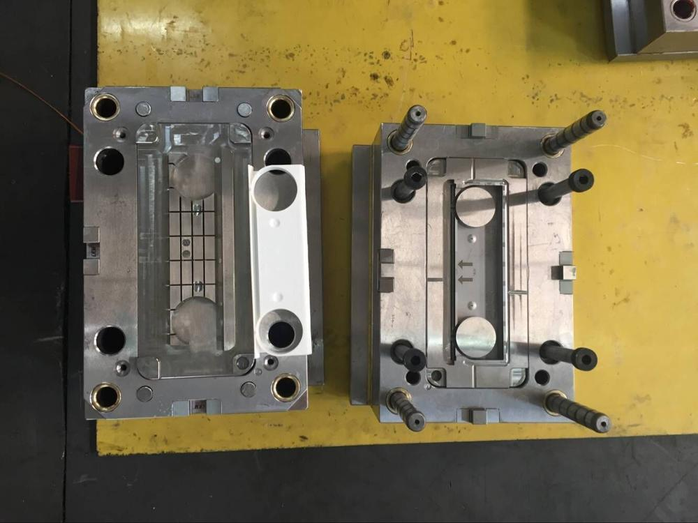 Plastic injection mold design pdf Mold for plastic injection for handle