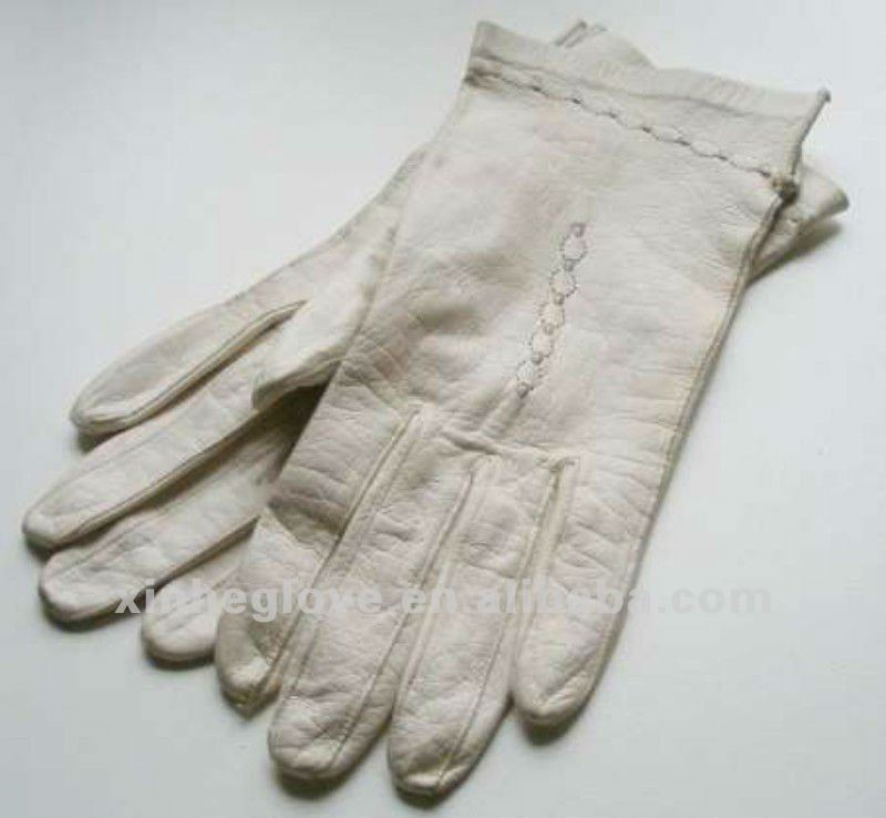 Ladies Genuine Sheep Leather Fashion Gloves Hot Sale white And Black Winter Warm Glove For Women