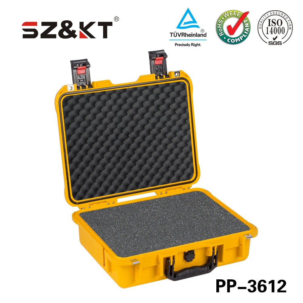 Waterproof equipment case for gun