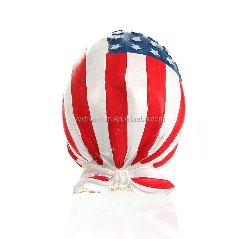 Harzschädel mit Kopftuch der amerikanischen Flagge