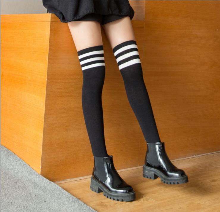 Tiener sex in sokken