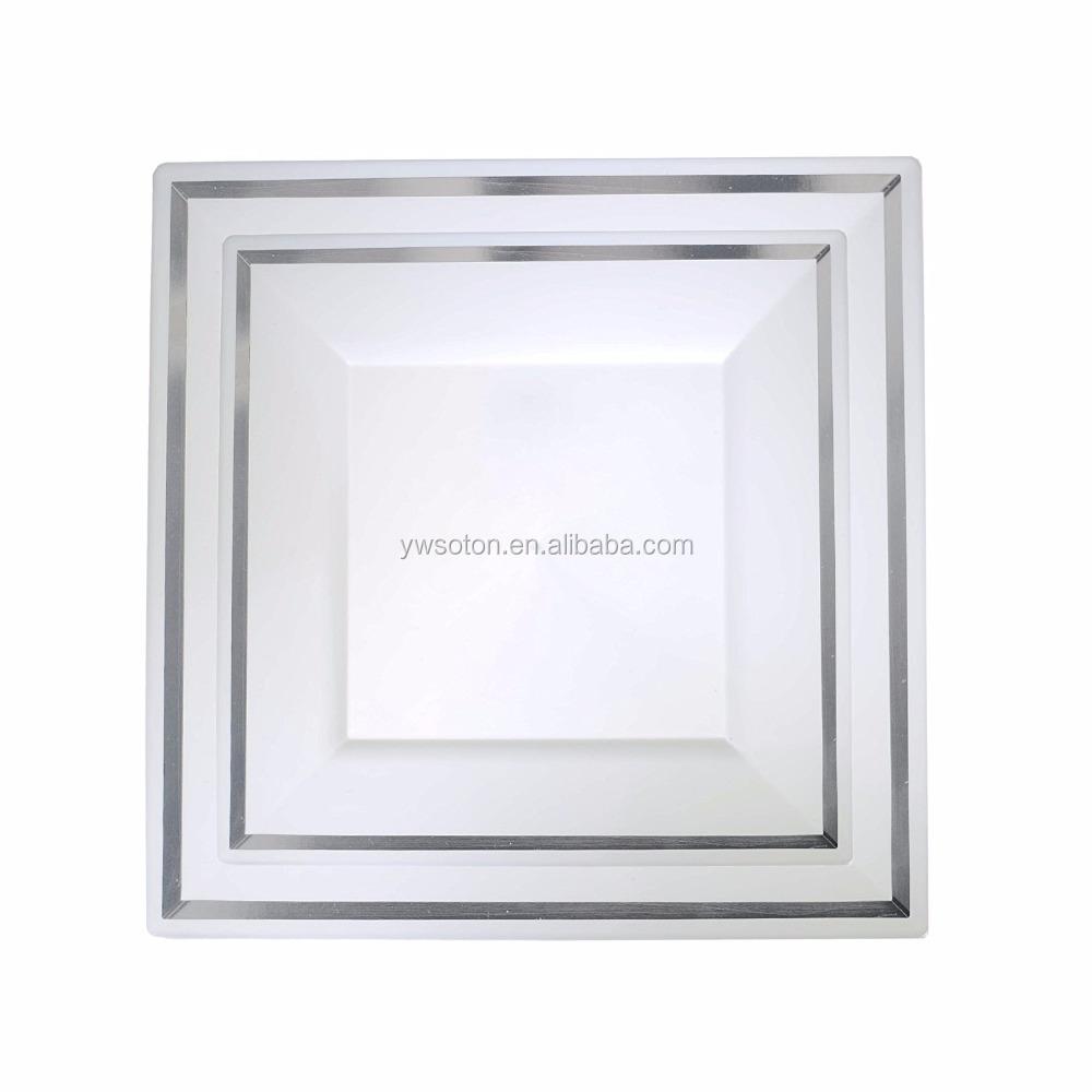 Белые тарелки десерта салата квадратные устранимые пластичные плиты Вечерние