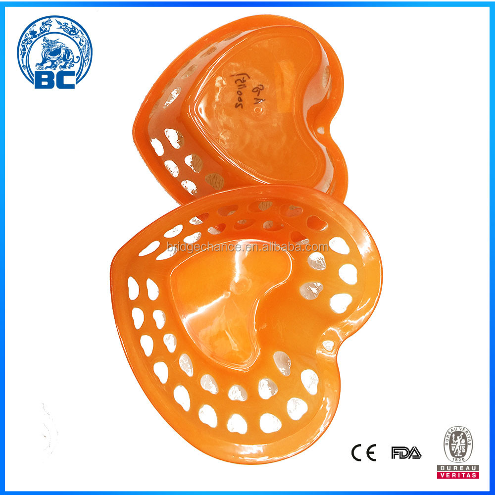 Heart-shaped Plastic Washing Baskets