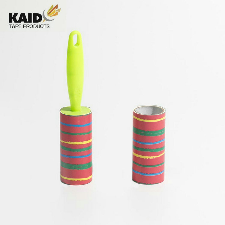 Total quality controlled material lint brush