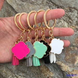 3cm Cheap Gold Plated Suede Tassel Drop Keyrings Hanging Personalized Enamel Quatrefoil Keychains