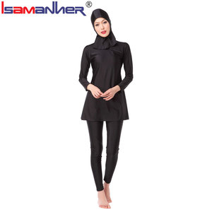 Fashionable muslim women swimwear swimsuit clothes
