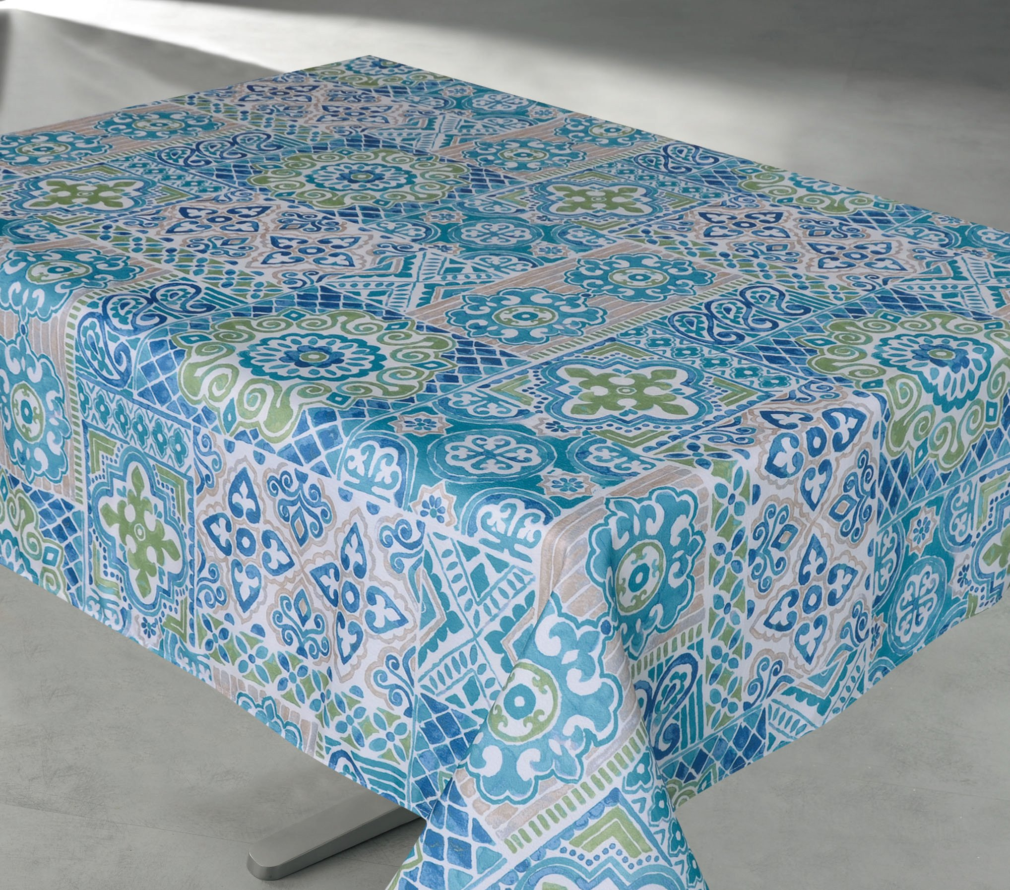 Outdoor Tablecloths, Vinyl Felt Backed Tablecloth, Thicker, Last Longer, Stain Resistant for Indoor and Outdoor (ROUND 60 , Geo Turquoise)