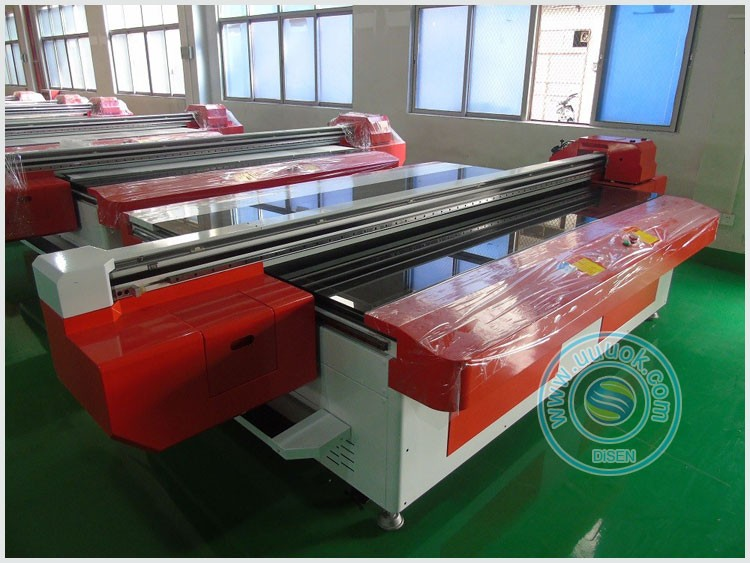 Large format high precision UV machine glass printing