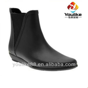 YL8154 Hangzhou Wholesale Lightweight Waterproof Wellies Matte Solid with Elastic Gores Ladies Jodhpur rain boots