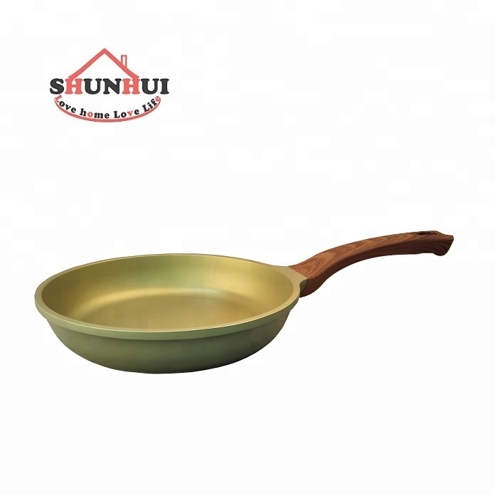Frying Pan Non-stick With Wooden Soft Touch Handle Flauta De Pan Aluminium Fry Pan
