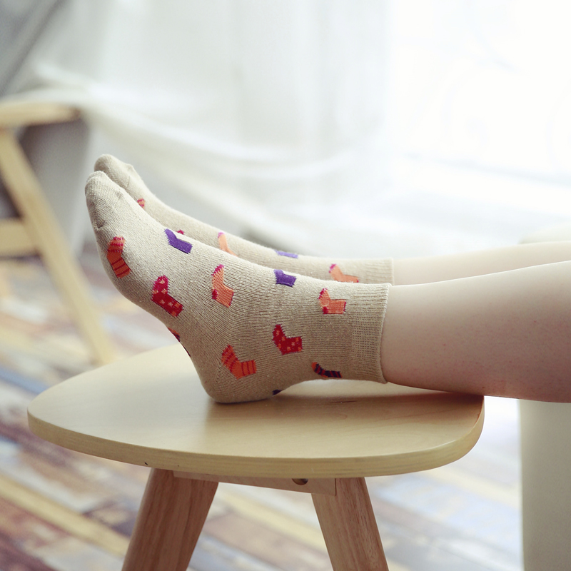 Interesting small socks pattern wool socks Winter women socks