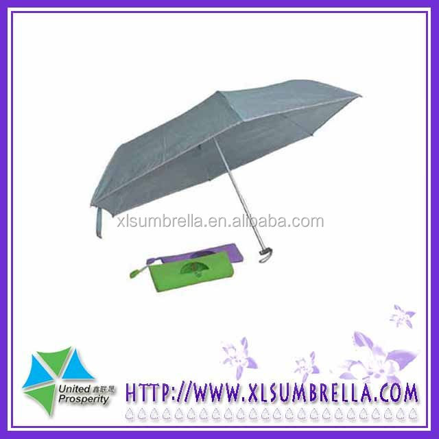So funny mini umbrella with plastic Handle for Promotion have 5 foldable umbrella