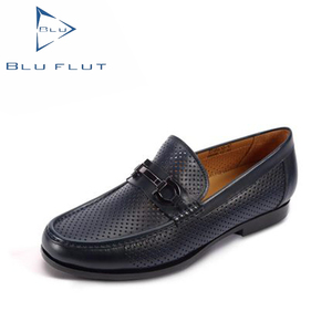 the black China guangzhou man genuine brand men casual flat leather shoe manufacturer buyer market patterns