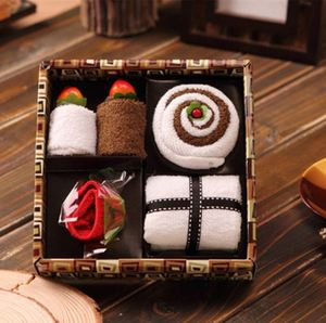 China Supplier Hot Sale Cotton Cake Gift Towel For Family Friends