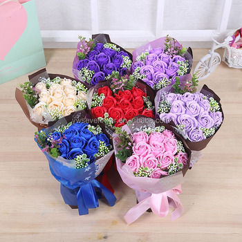 Beautiful Artificial Rose Flower Bouquet Gift Box Packing Soap