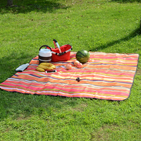 Good Quality OEM Outdoor Folded Beach Mat For Family Travel