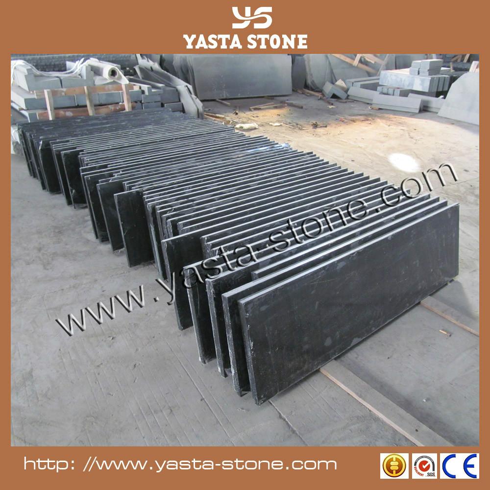 Granit noir support plaque de chemin e foyer dalle for Prix d une plaque de marbre