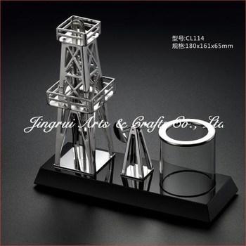Unique Design Desk Decoration Pen Holder Metal Souvenir Gifts Oil Rig