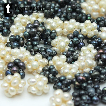 Small flower shape white black color freshwater very small pearl designs for pendant high quality