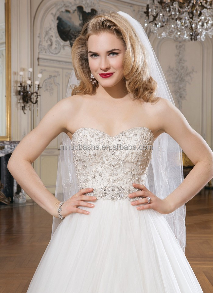 New Style Ball Gown Wedding Dress 2014 Sweetheart Beaded Bodice Tulle Skirt Long Tail Church Bridal