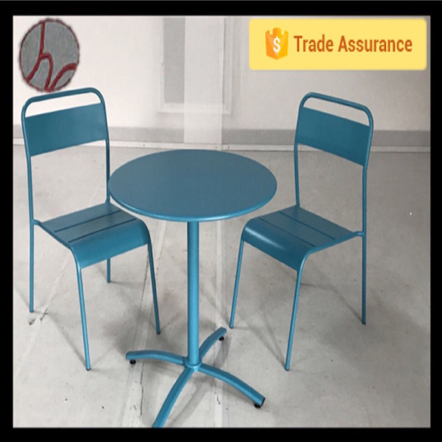 High quality any color choose iron metal table with two chairs