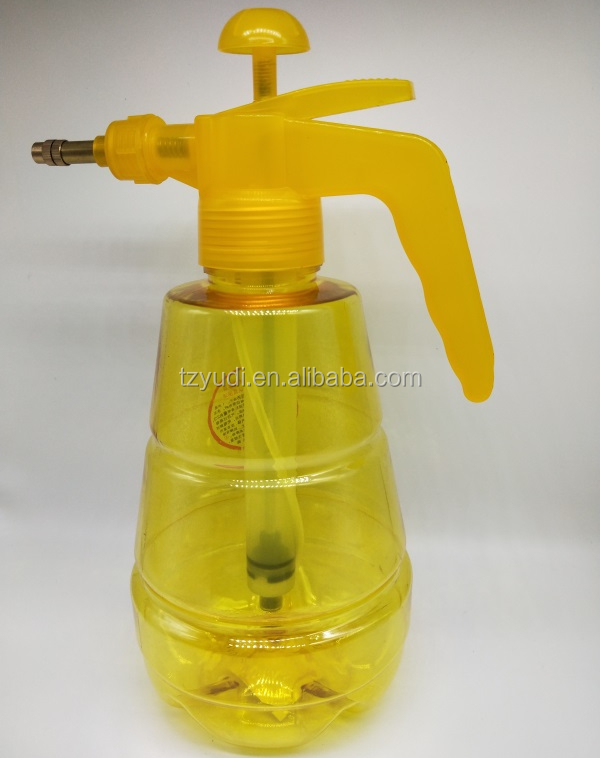 Wholesale 1.5Litre plastic bottle manual agricultural spray garden pressure sprayer