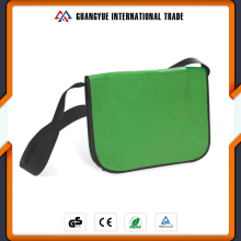 Guangyue Students PP Non Woven Green Colour Shoulder Bags With Black Long Strip