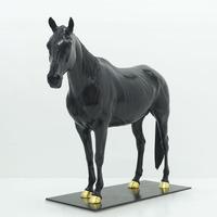 Standing with golden mechanical horseshoe of bronze horse sculpture for outdoor decotation