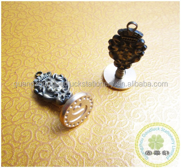 Envelop handy metal wax seal necklace with good price/Wedding gift necklace stamper