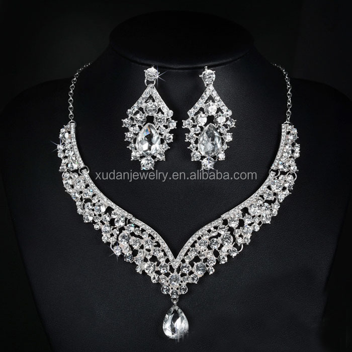 Elegant Flower Crystal Bridal Jewelry Sets Gorgeous Silver Color Wedding Party Necklace Earrings Sets