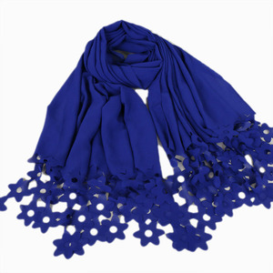 Newest style head scarf for muslim woman bubble chiffon hijab scarf laser cut shawl