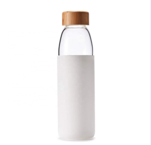 Silicone Cover Glass Water Bottle Easy To take 18oz Shatter-Resistant Glass water bottle
