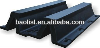 Reasonable Structure Super Arch Rubber Fender for All Kinds of Docks