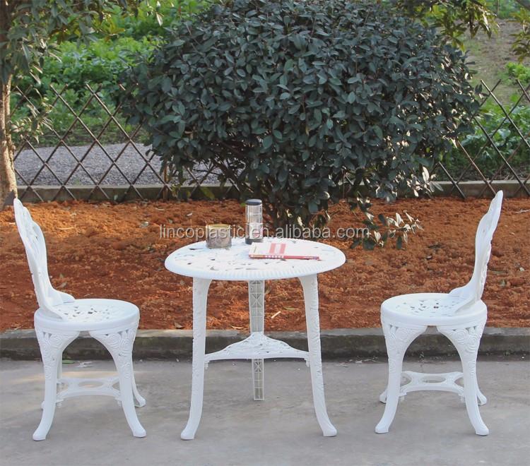 Jardin Patio Rose Conception En Plastique Piscine Chaise Et Table ...