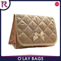 wholesale quilted satin make-up cosmetic bag with mirror