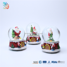 Wholesale resin crafts gift souvenir custom christmas snowball glass for sale