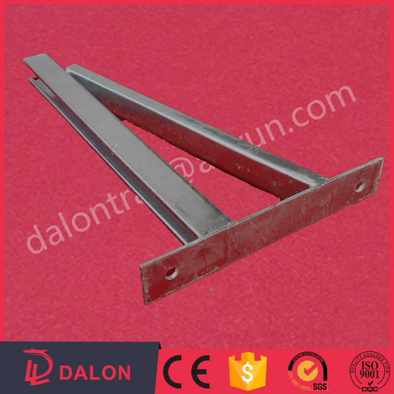 wall mounted cable tray