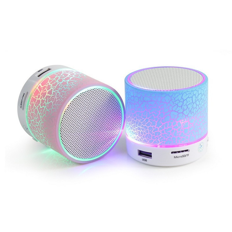 China Fabrikant Goedkope Prijs Mini TF FM USB Draagbare Led Licht Lamp A9 Blue tooth Waterdichte Speaker voor Present