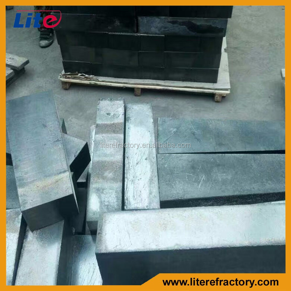 Refractory EAF Lining Magnesia Carbon Refractory Brick with Good Thermal Shock Resistance