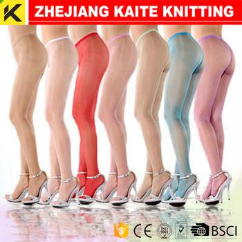 Shiny pantyhose tights