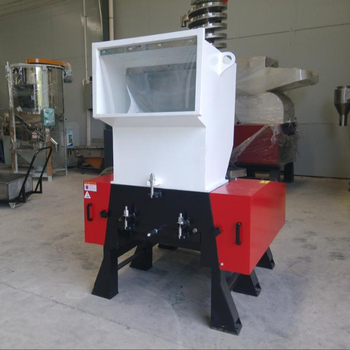 40HP Plastic Crushing Machine with blower system and silo for HDPE box,bottle,PP,ABS