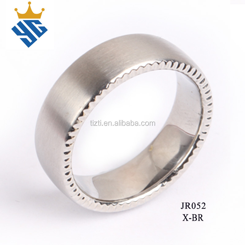 10mm Titanium Wedding Band Ring with a Decorative Ridge - JR052