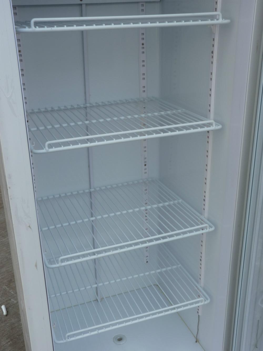 Europe Standard Beverage Display Refrigeraor Showcase