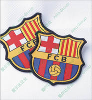 Customize embroidered football patch of embroidered sports patch
