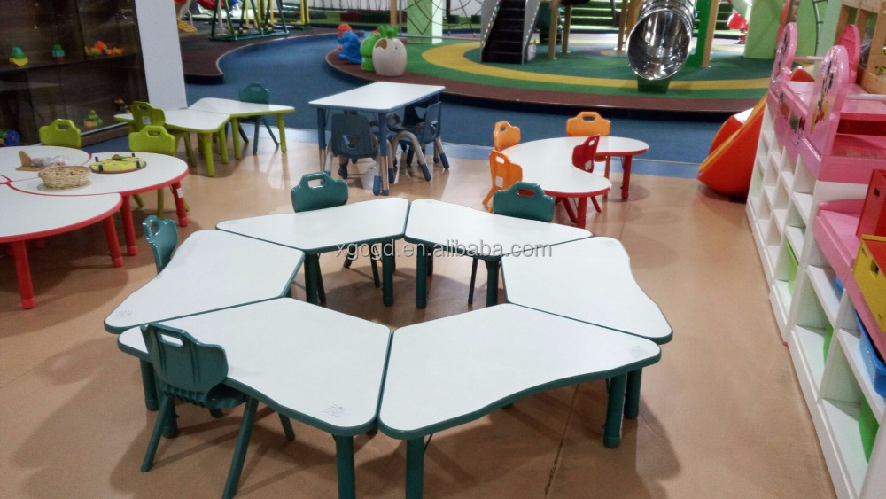 plastic table and chairs for kids fantanstic kindergarden sets