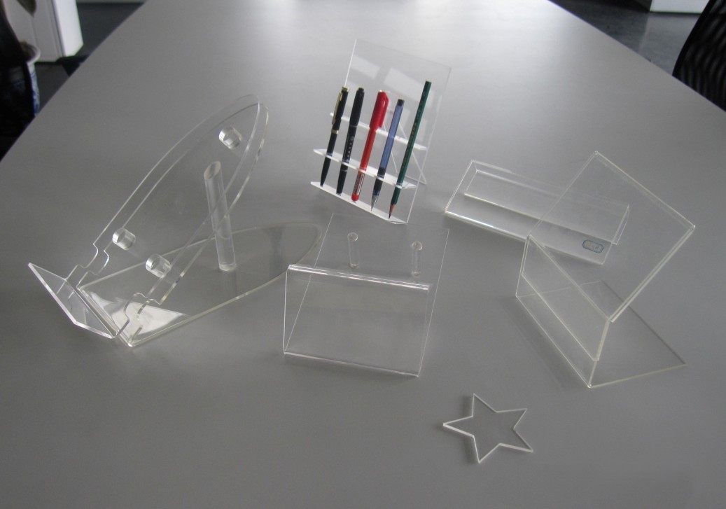 Acrylic Stand Designs : Transparent acrylic brochure holders stand buy