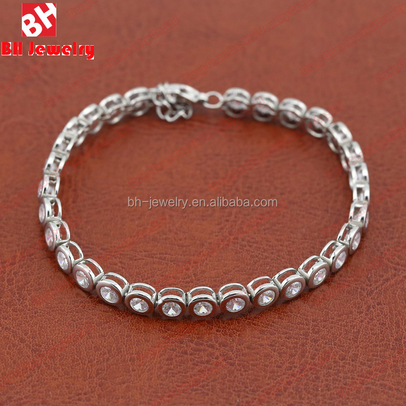Guangdong Supplier Cross Pull Chain Bracelet with Stone Engraved Fancy Steel Hand Chain Bracelet Design for Girls